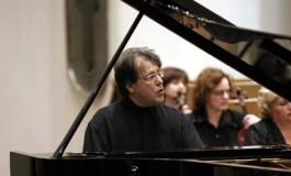 """Celebrul pianist Andrei Gavrilov, pe scena Teatrului """"Al. Davila"""""""