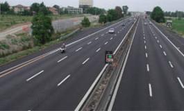 Atentie - Trafic restrictionat, se asfalteaza autostrada Bucuresti-Pitesti