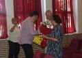 Flori şi felicitări pentru familiile trainice