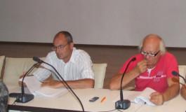 Circ ieftin la Consiliul Local Curtea de Argeş -PP-DD-iştii şi-au demonstrat incultura şi dezinteresul