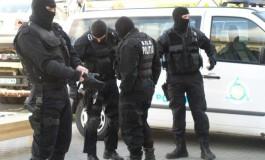ACUM ! Percheziţii în Argeş - 12 descinderi in Pitesti la persoane banuite ca falsificau bani