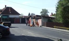 Pentru că nu s-au semnat contractele de achizţii, staţia de asfalt porneşte la jumătatea lui mai
