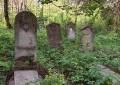 Groaznic! Copil de 11 ani violat în cimitir