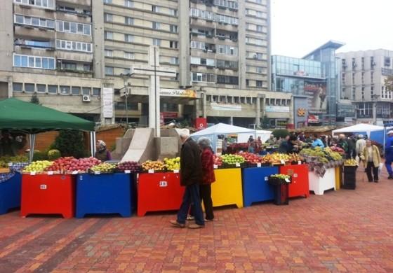 S-a deschis Toamna Piteșteană! Pastramă, must și legume pe alese în centrul orașului