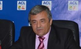 Adrian Miuţescu vrea ...posibilul: majoritate in CJ Arges si retragerea mandatelor alesilor migratori