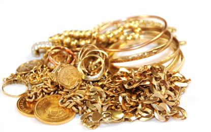 """Când vă puteţi trezi cu """"tinichele"""", în loc de bijuterii din aur"""