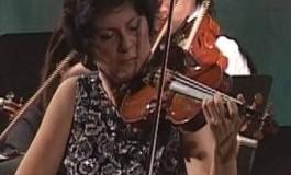 Violonistă celebră pe scena Filarmonicii Pitești