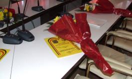Diplome, flori si felicitări pentru argeseni