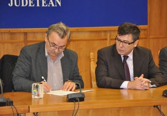 Primarul Diaconu semnează mâine contractul pentru rebilitarea liceului Auto