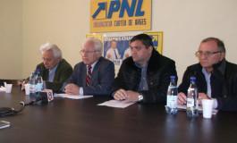Colegii de partid a lui Cătălin Teodorescu spun că afacerile personale nu au de a face cu politica