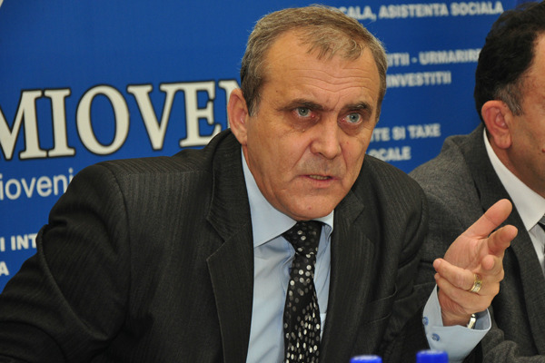Primarul Georgescu scoate BANI din… NAMOL! Vezi ce idee are  !