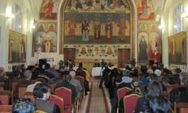 Participare numeroasă la simpozionul ţinut de Arhiepiscopia Argeșului și Muscelului la Câmpulung
