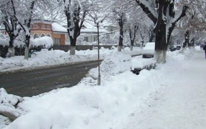 S-a întrunit comandamentul de iarnă – Zăpada nu ar trebui să creeze probleme autorităţilor. Să-i credem?