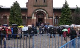 Eveniment deosebit -Mii de pelerini au trecut, la sfârşitul săptămânii, pe la Mânăstirea Curtea de Argeş