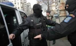 Turcii din Arges, calcati de mascati - faceau evaziune