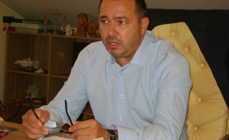 I-A CIURUIT FĂRĂ MITRALIERĂ ! Deputatul Rădulescu a îngenucheat ANI şi anunţă plângere la CEDO