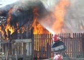 Acum - incendiu devastator in Arges