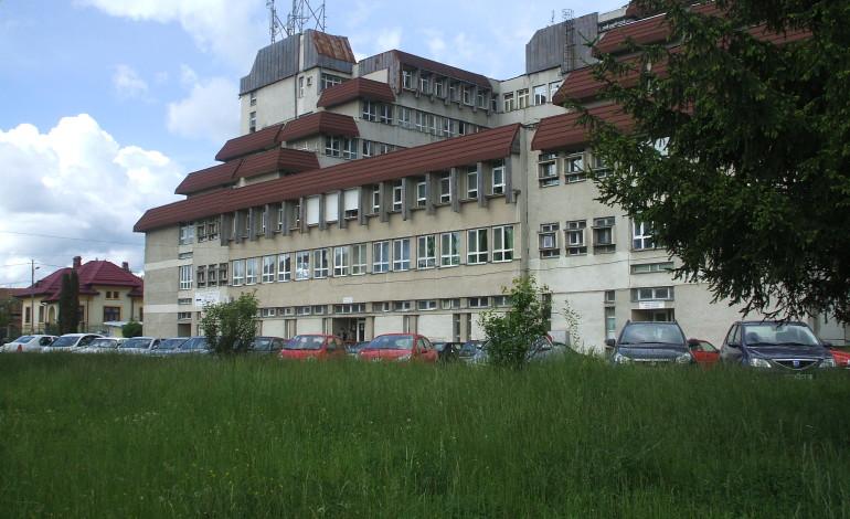 La loc comanda! Porţile spitalelor rămân, deocamdată, închise pentru public