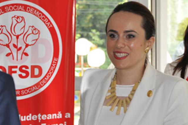 Simona Bucura Oprescu a semnat acest proiect de lege alaturi de Catalin Radulescu