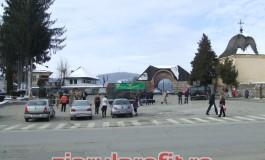 Tancuri si camioane militare au blocat traficul în Curtea de Arges