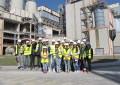 Elevi români şi francezi au vizitat Fabrica de Ciment Câmpulung
