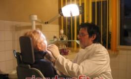 Ajutoare nerambursabile pentru tratamentele dentare ale pensionarilor