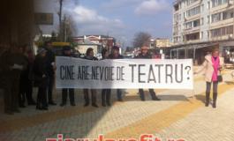Actorii de la Davila nu au protestat degeaba - Vezi ce au obţinut