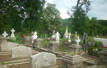 In scurt timp - Încep  investițiile la cimitirul din Curtea de Argeș