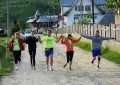 Aleargă 100 de kilometri pentru a sprijini 400 de copii orfani Participă și fotbalistul George Ogăraru
