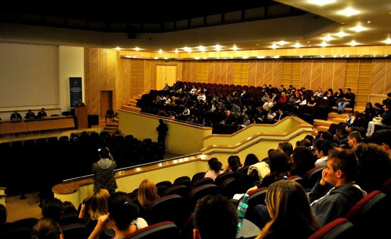 Relațiile de cuplu și sexualitatea dezbătute la Prima Conferință Națională de Psihoterapie Experiențială și Hipnoterapie din România