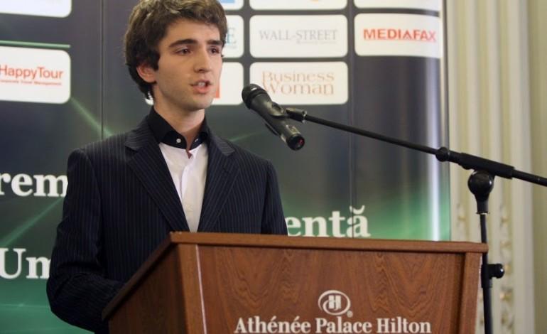 Se lanseaza Bursa Speakers Club Junior Cum poate deveni un adolescent speaker de succes?