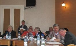 Sedinta de consiliu cu colinde la Campulung