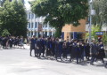 Absolventii de la Vlaicu au defilat pe bulevard,  alaturi de profesori