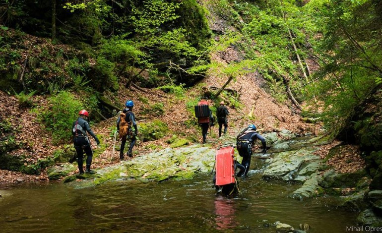 Turisti izolati pe munte in plina furtuna – A intervenit Salvamontul