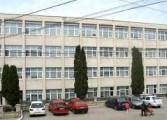 """Scandal la Şcoala Gimnazială """"Theodor Aman""""din Câmpulung între profesorul de sport şi directoare"""