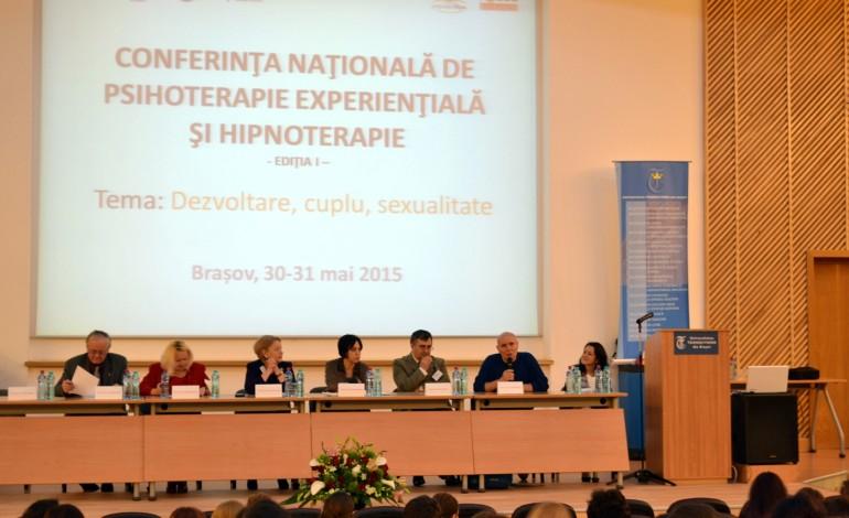 """Conferință națională despre educație sexuală Bebe Sexologul: """"În sfârșit, Parlamentul îmi confirmă viziunea imundă, după 15 ani. Educația se referă și la sex, și la sănătate"""""""
