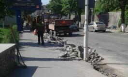 A inceput marea asfaltare a lui Ghita - Centrul vechi in reabilitare totala