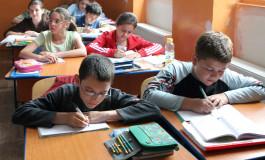 Vesti proaste pentru elevi - Scoala incepe mai devreme