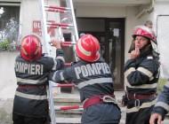 ARDE in curtea unui liceu din Arges - Au chemat pompierii