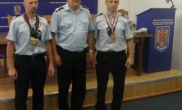 Cu ei ne mândrim -Pompieri argeşeni premiaţi în SUA