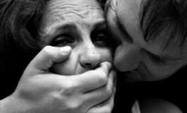 O femeie de 83 de ani s-a luptat cu agresorul si a scapat de viol