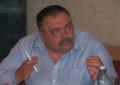 Consilierul local Nicolae Dumitrescu nu se lasă şi vrea un răspuns de ce s-a construit un palat ţigănesc în locul unui părculeţ