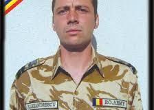 Au trecut 7 ani de când militarul câmpulungean Dragoş Alexandrescu şi-a pierdut viaţa în teatrul de operaţii din Afganistan