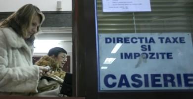 Majorarea impozitelor la Curtea de Argeş se lasǎ cu proteste