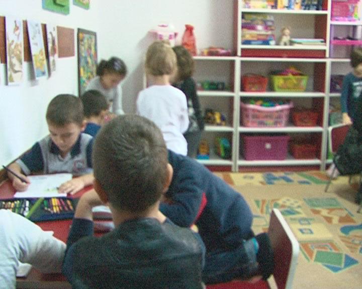 La Curtea de Arges, zeci de copii stau de doua zile in bezna la gradinita