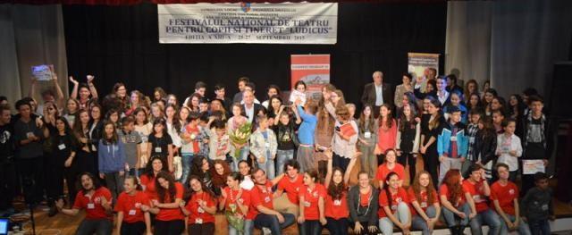 Au inceput inscrierile la Festivalul National de Teatru pentru copii si tineret la Mioveni