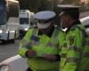 Un tir incarcat cu soda caustica s-a rasturnat in Arges