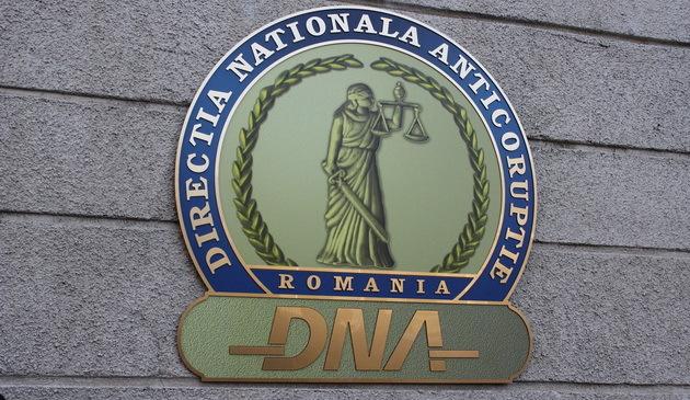 EXCLUSIV ! Procurorii DNA au dat iama în afacerile Primăriei Curtea de Arges