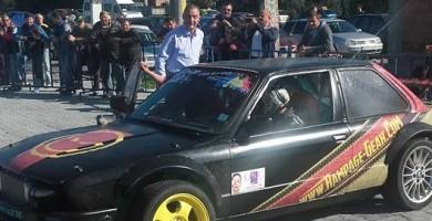 Deputatul Drǎghici şi primarul Diaconu au fǎcut drifturi la un campionat naţional