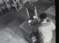 Hoţ la 73 ani ! Un bătrân din Argeş a spart mânăstirea Cotmeana